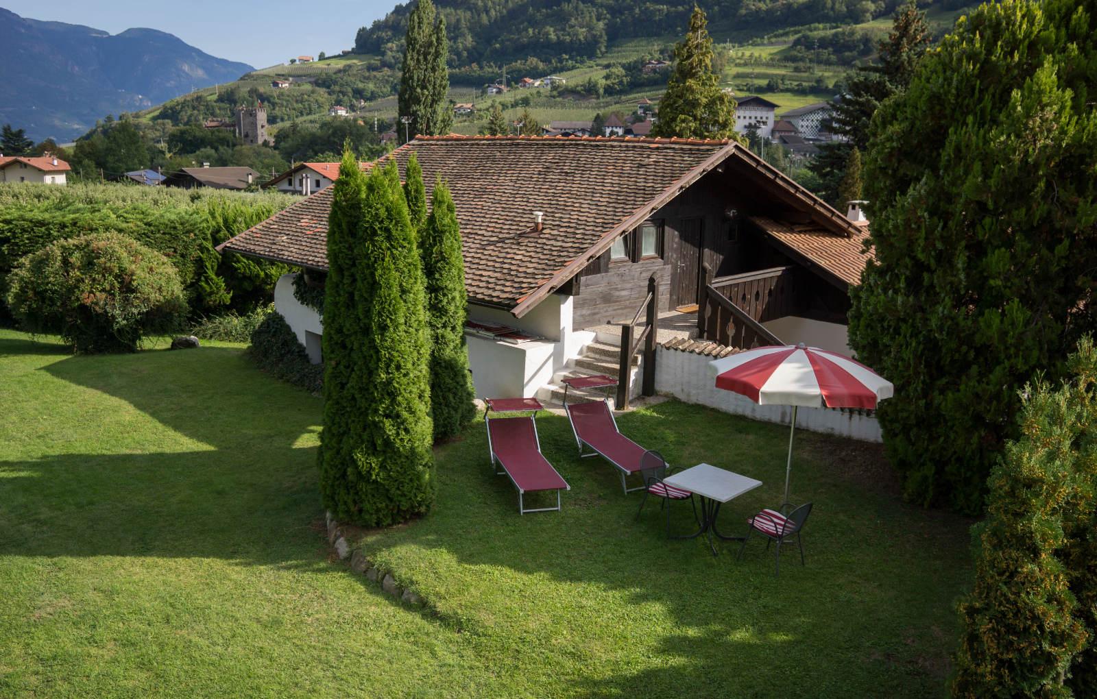 Ferienhäuschen in Algund - Bungalows Ansitz Pünthof - Südtirol