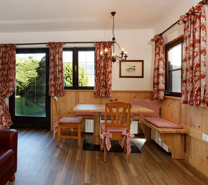 Claudia - Bungalow appartamenti vacanze a Lagundo Pünthof