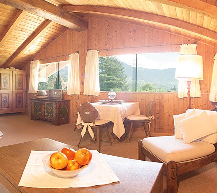 Baldacchino - Bungalow appartamenti vacanze a Lagundo Pünthof